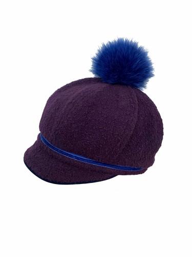 Kepuraitė su snapeliu